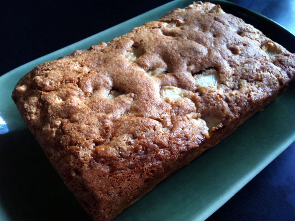 Super_Easy_Apple_Cake