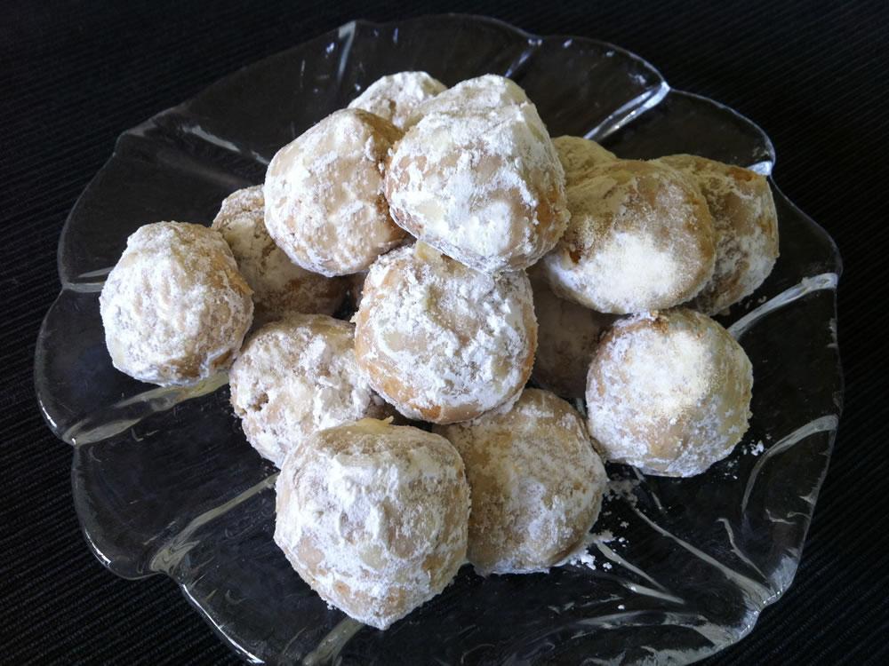 Almond_Snow_Balls