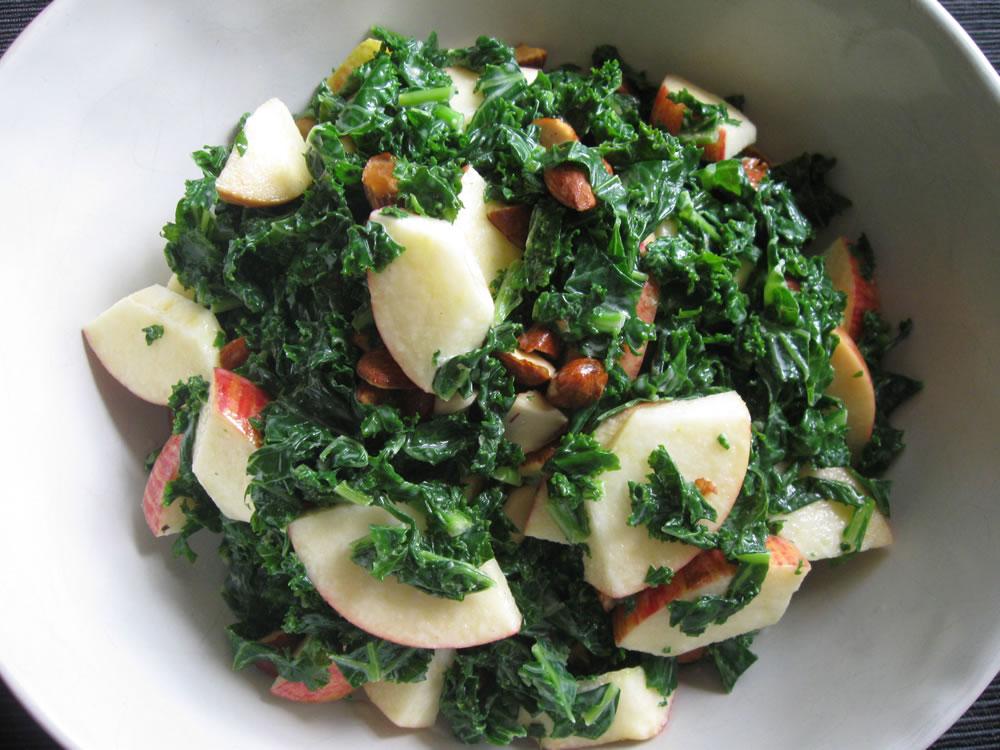 Kale_Apple_Salad