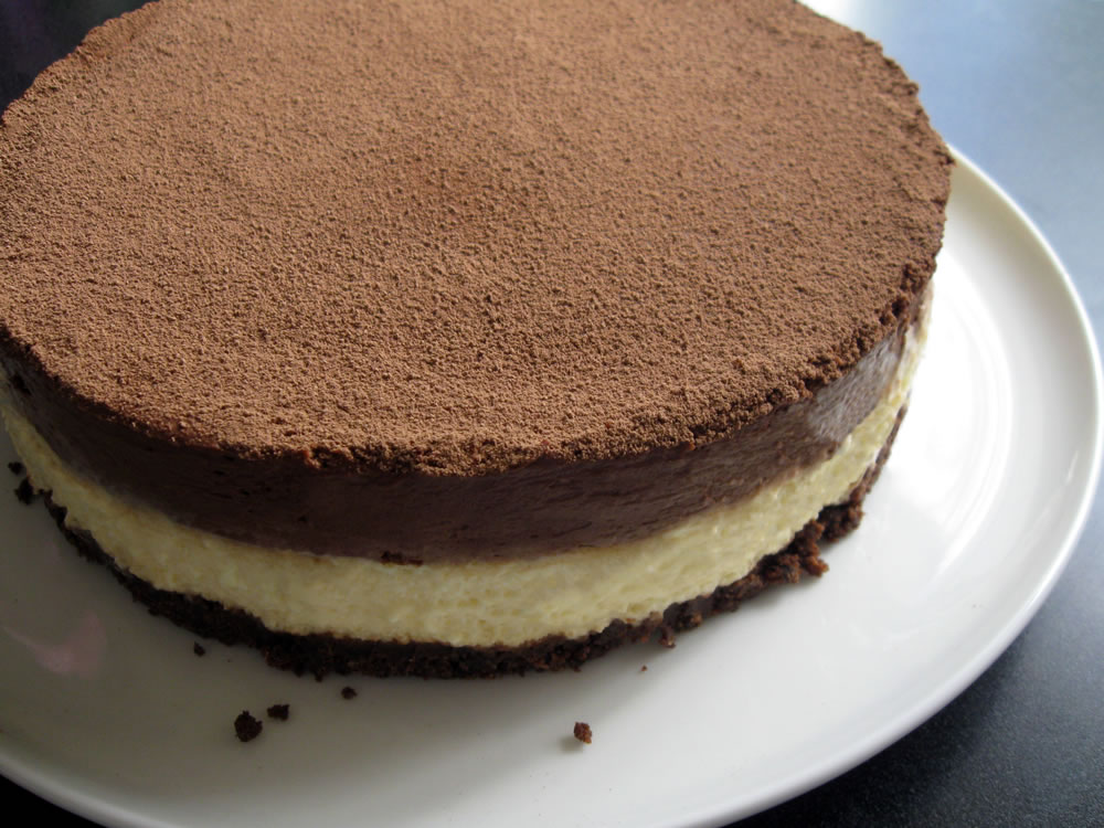 Cream_Cheese_Mousse_Chocolate_Mousse_Cake