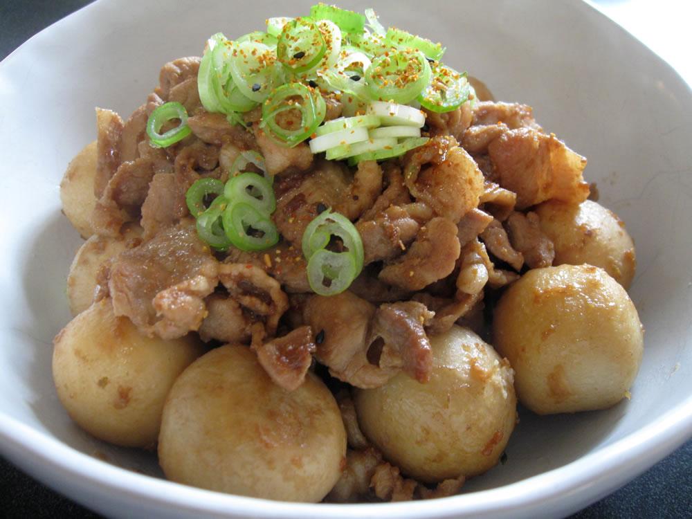 Satoimo_Pork_Garlic_Soy_Sauce